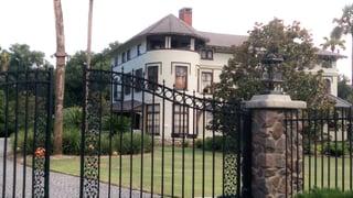 Stetson_Mansion_Front_Gate.jpg