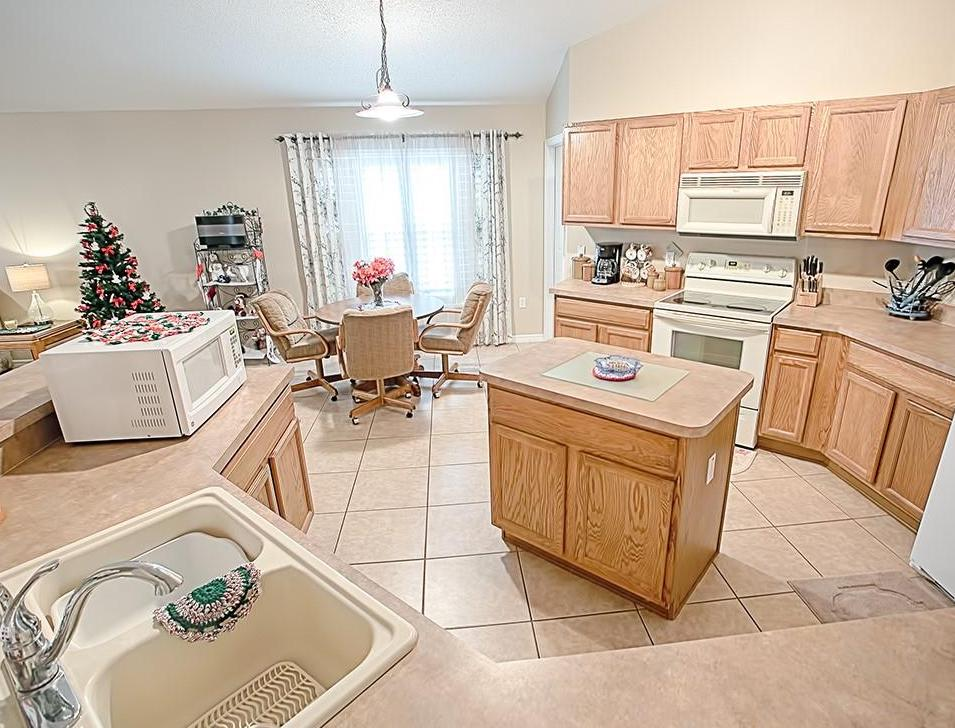 home for sale in sorrento, florida