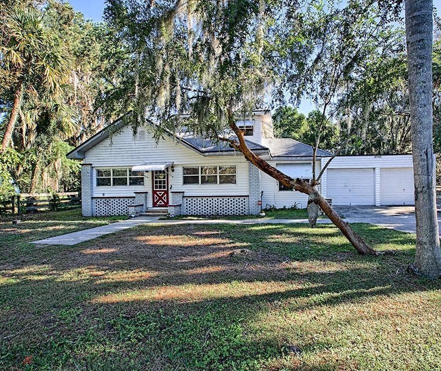 home for sale in yalaha, florida
