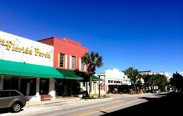 Downtown_Leesburg_Florida_located_near_homes_for_sale_in_leesburg_florida_in_55_plus_communities.jpg