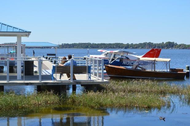 Dock_on_Lake_Dora_in_Mount_Dora_Florida.jpg