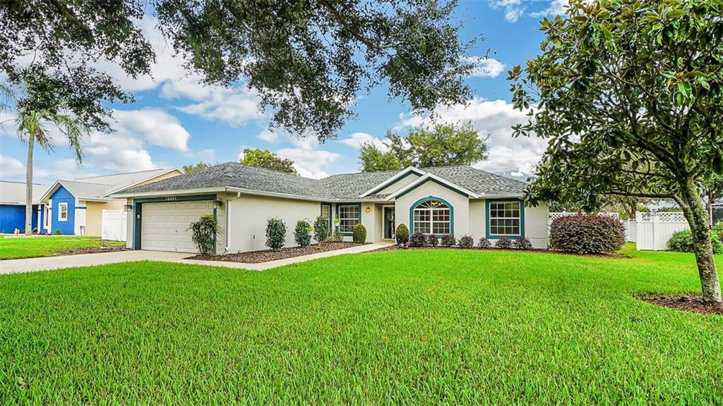 Home for Sale in Grand Island, Florida
