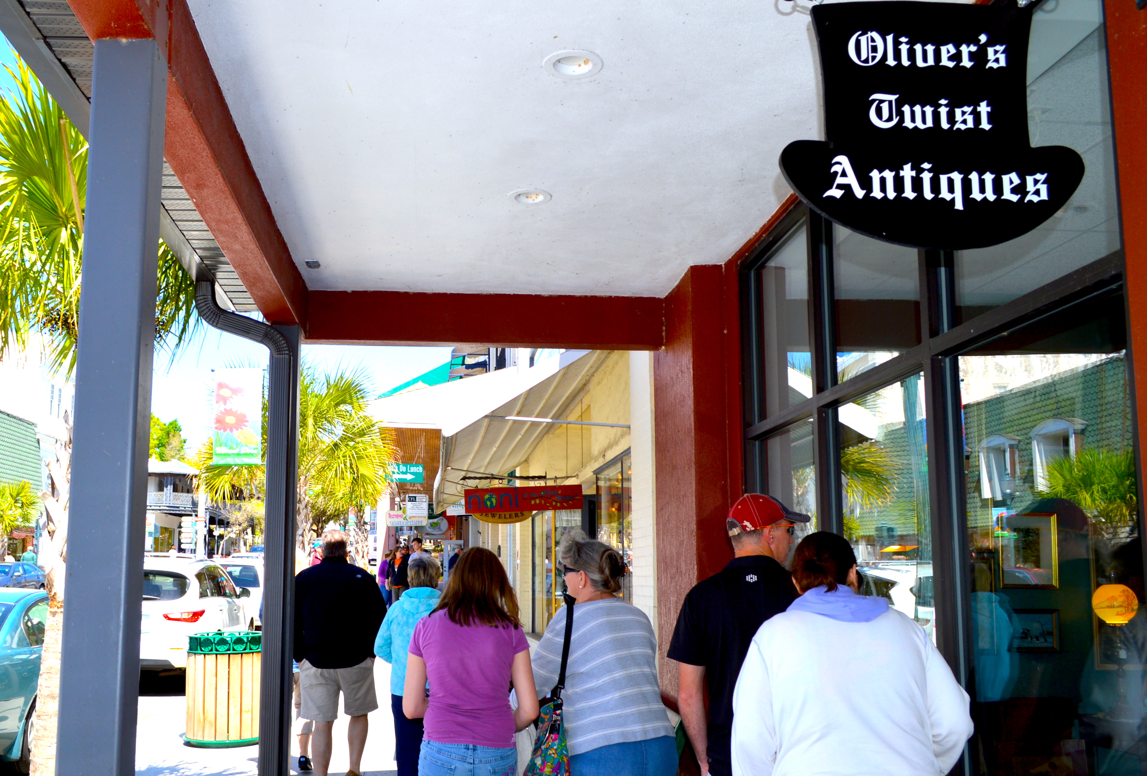 oliver twist antiquing mount dora