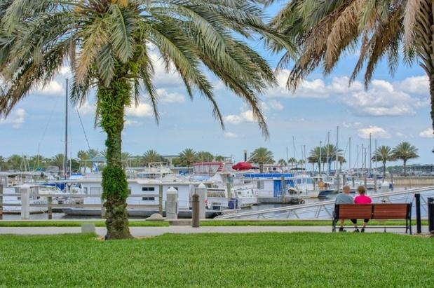Downtown_Sanford_Florida_popular_Real_Estate-269935-edited.jpg
